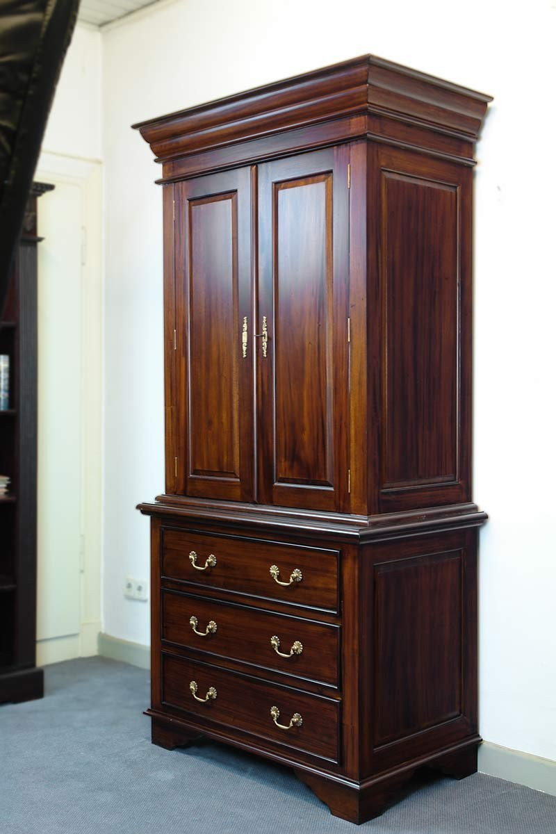 kleiderschrank schrank dielenschrank massivholz nussbaum farbton b 100 cm 788 ebay. Black Bedroom Furniture Sets. Home Design Ideas