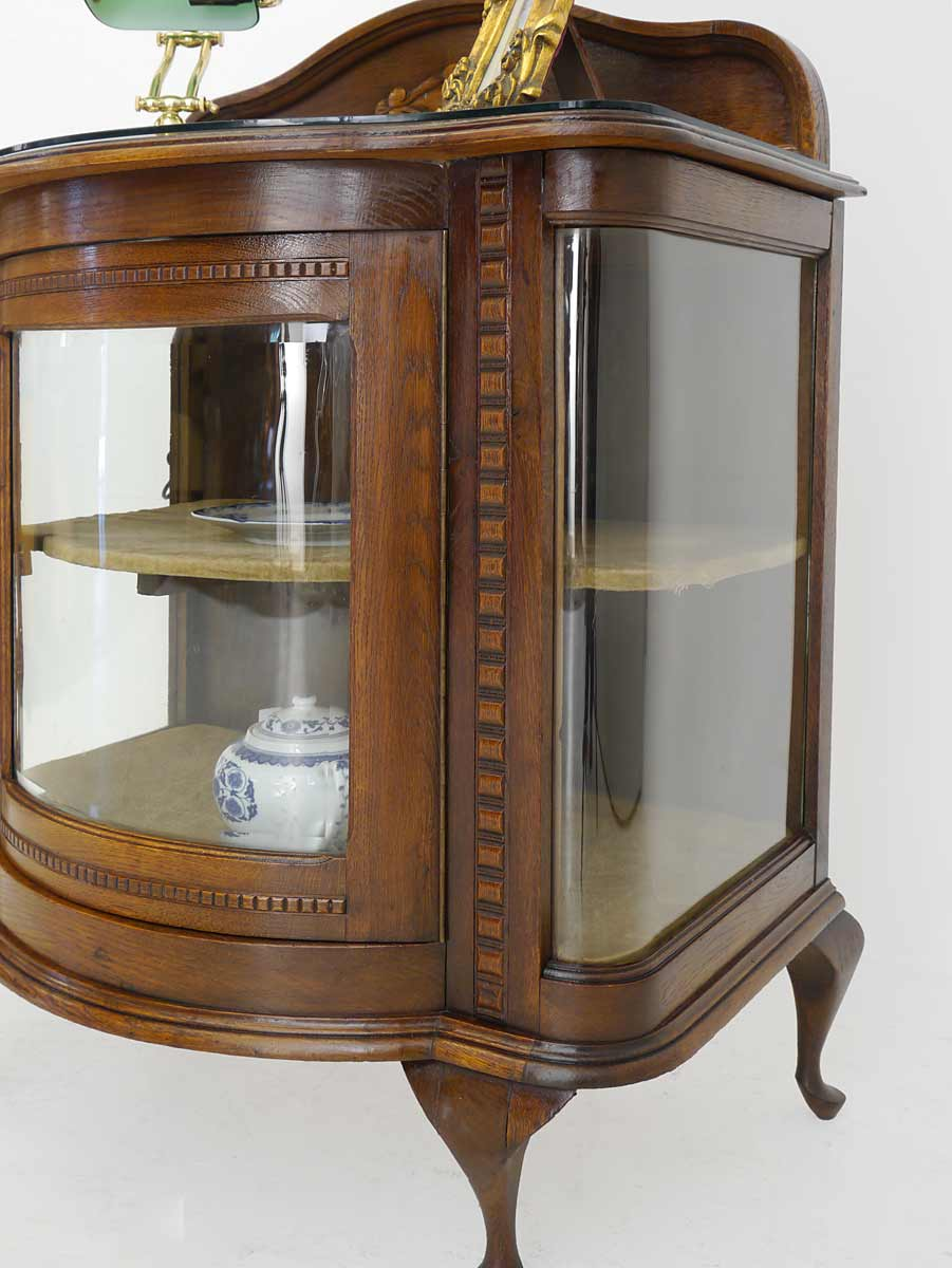 teeschrank vitrine barschrank antik um 1930 eiche massiv 3584 ebay. Black Bedroom Furniture Sets. Home Design Ideas
