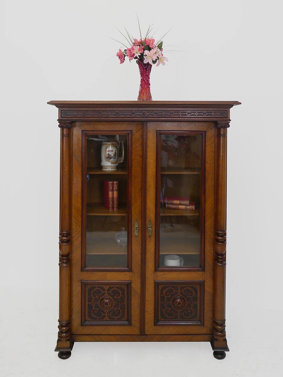 vitrine b cherschrank vertiko gr nderzeit um 1880 nussbaum 3712 ebay. Black Bedroom Furniture Sets. Home Design Ideas
