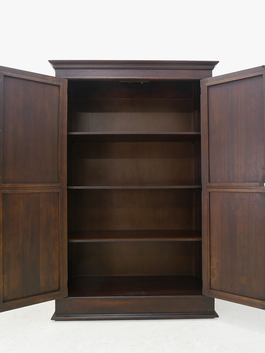 kleiderschrank schrank dielenschrank kolonialstil massivholz 2 t rig 4440 ebay. Black Bedroom Furniture Sets. Home Design Ideas
