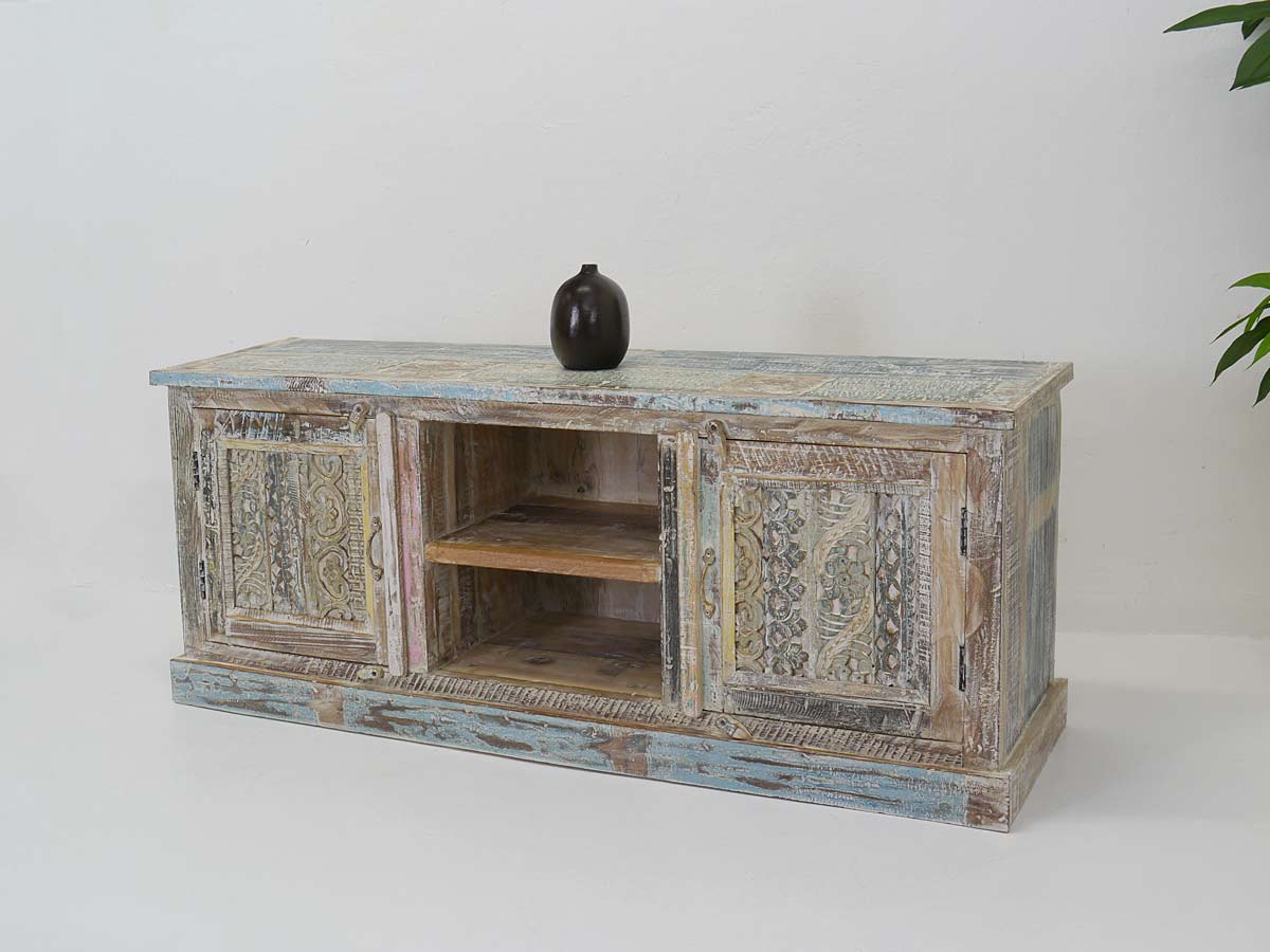 TV-Sideboard in Shabby Chic