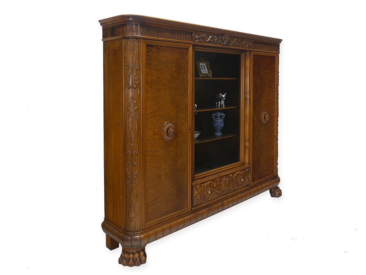 vitrine vitrinenschrank dielenschrank antik barock stil um 1940 nussbaum 5197 ebay. Black Bedroom Furniture Sets. Home Design Ideas