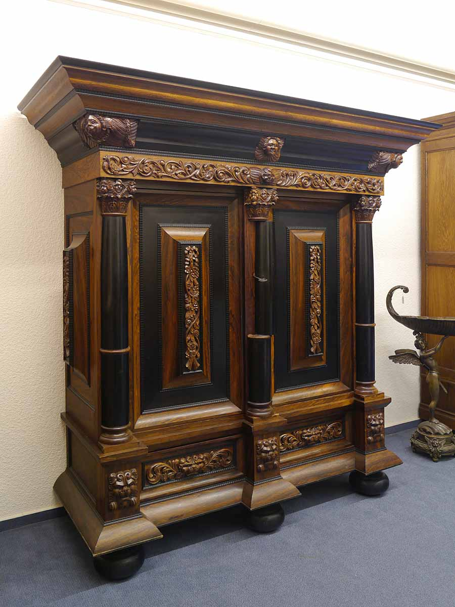 kleiderschrank dielenschrank schrank neo barock um 1940 edelh lzerfurnier 5330 ebay. Black Bedroom Furniture Sets. Home Design Ideas