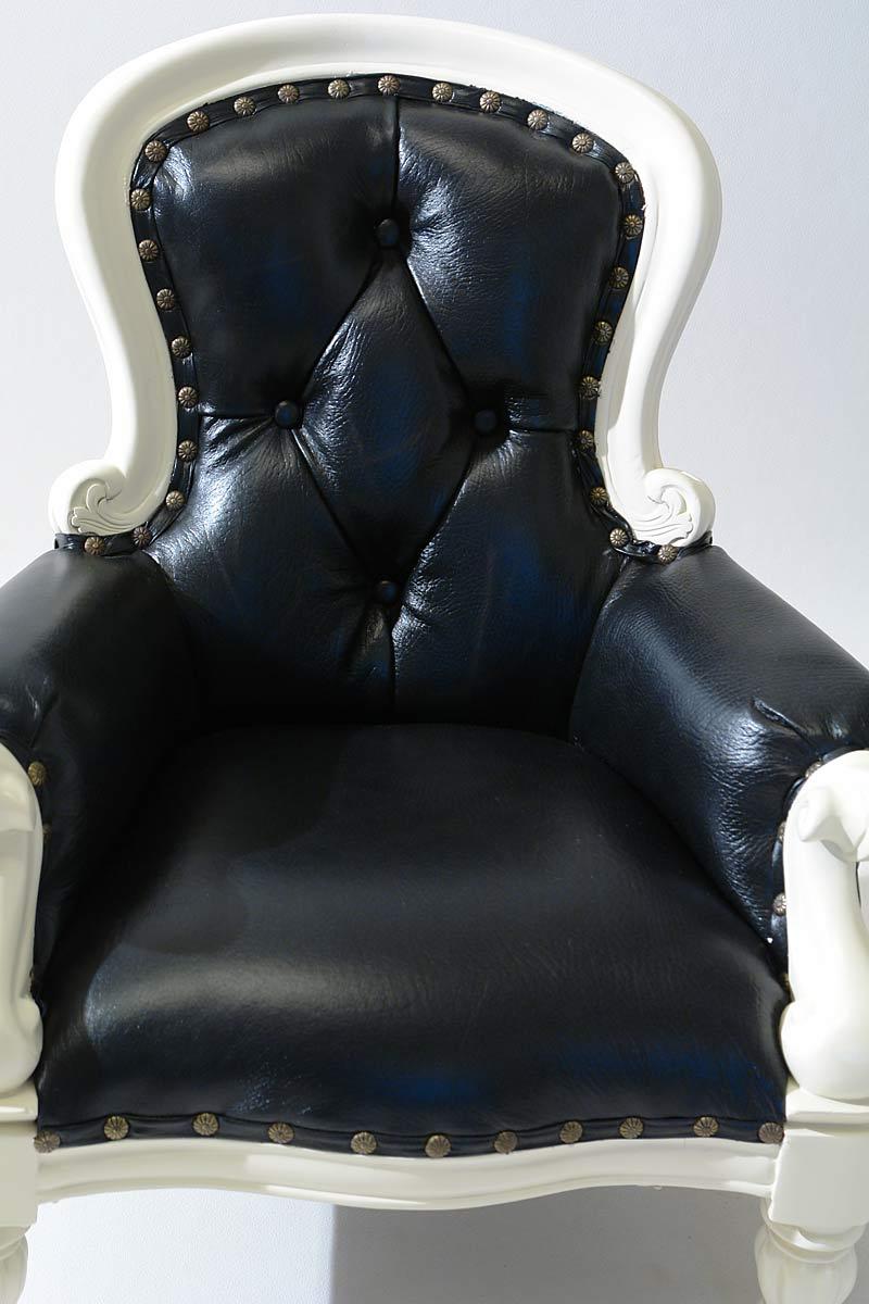 sessel kinderm bel puppensessel welpensessel cremewei mit schwarzem leder 1310 sitzm bel. Black Bedroom Furniture Sets. Home Design Ideas
