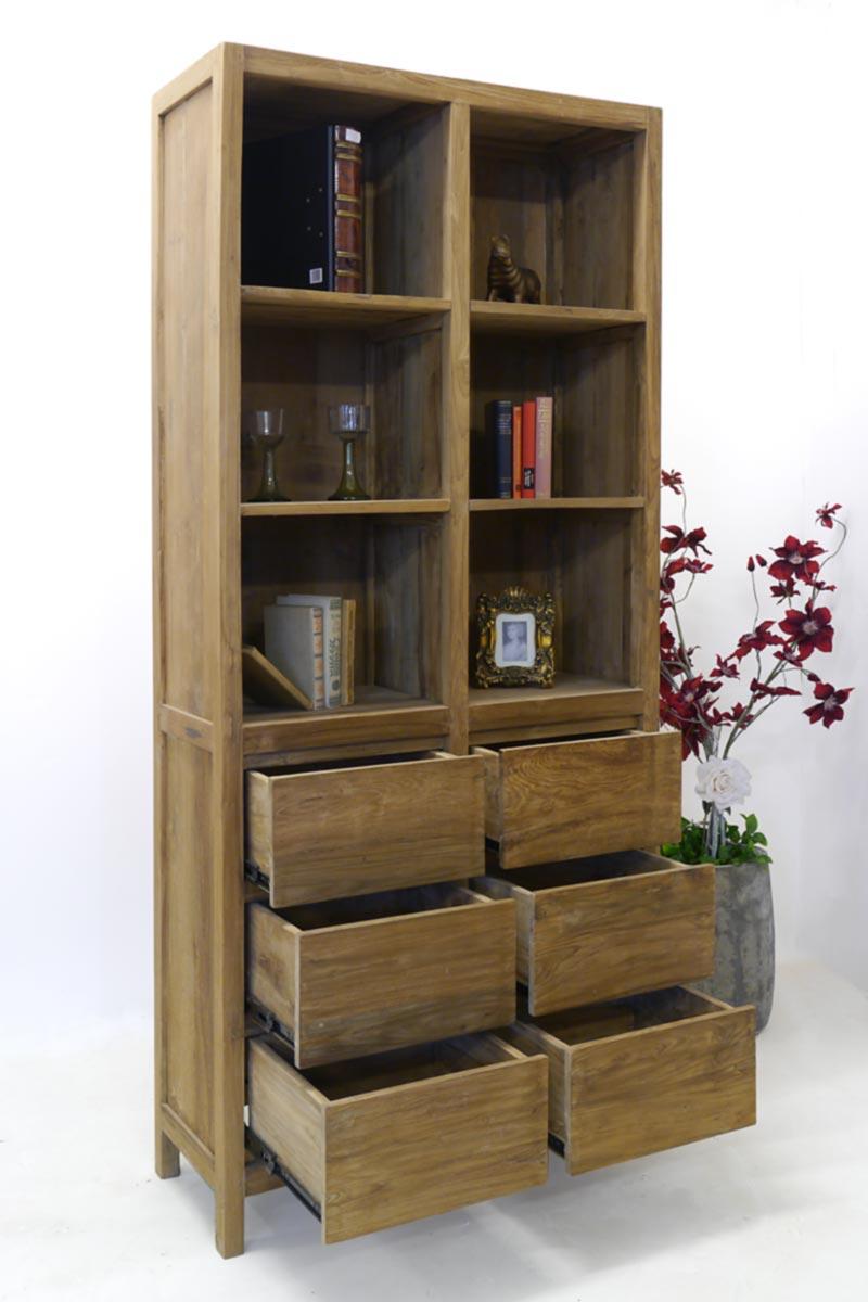 Seitenansicht vom Bücherschrank mit geöffneten Schubladen
