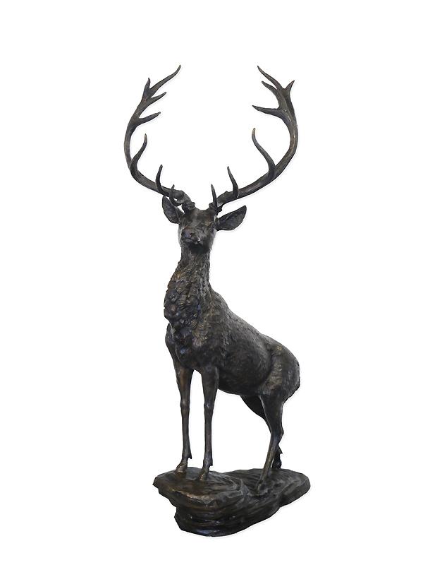 Rotwild Bronzefigur