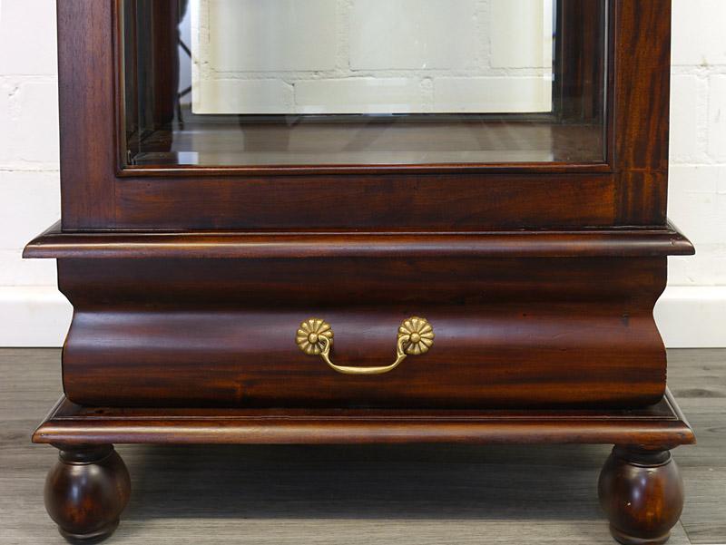 Detailansicht von der Schublade