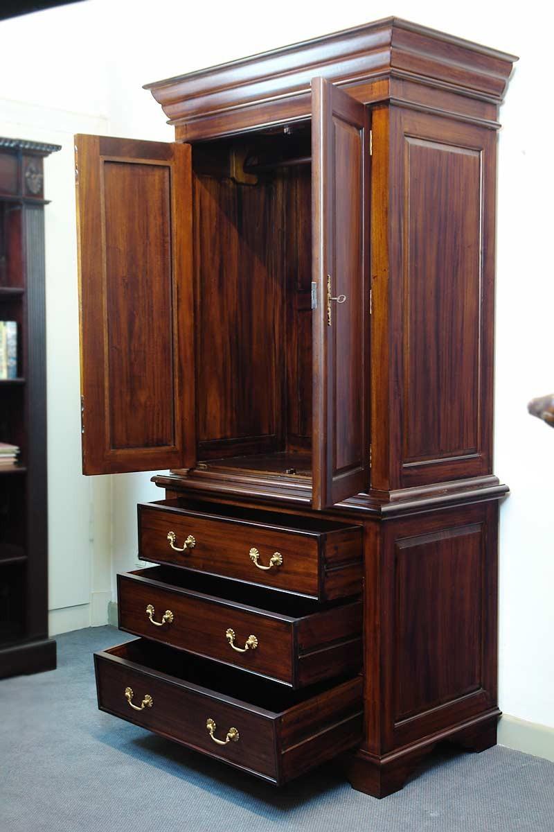 kleiderschrank schrank dielenschrank massivholz nussbaum. Black Bedroom Furniture Sets. Home Design Ideas