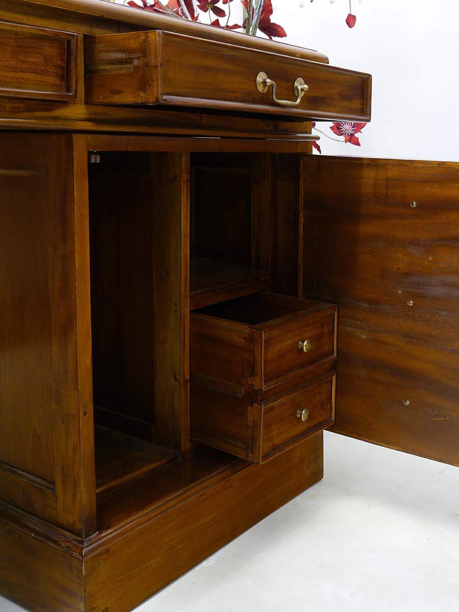 schreibtisch computerschreibtisch b rom bel massivholz mit lederauflage 2620 m bel. Black Bedroom Furniture Sets. Home Design Ideas