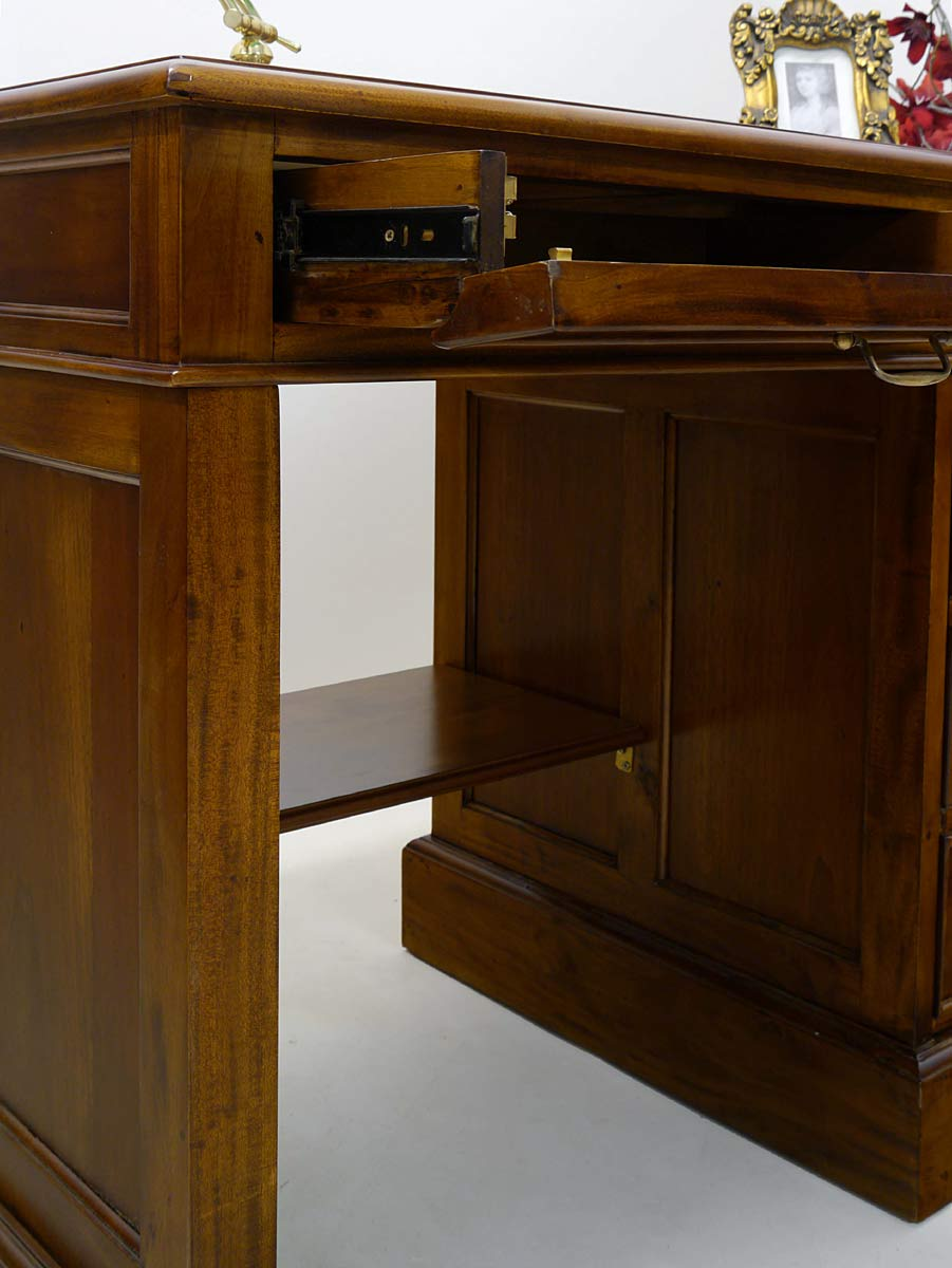 Schreibmöbel Nahaufnahme Schublade für Tastatur