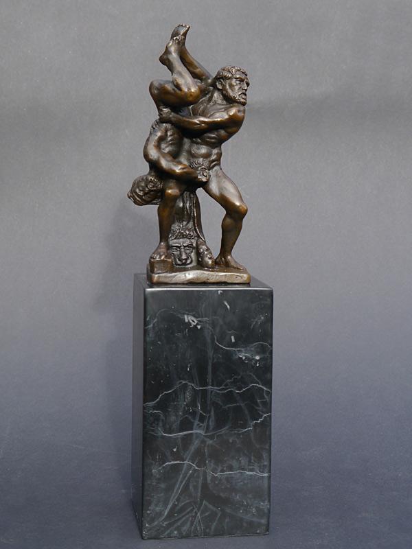 Ausdrucksstarke Skulptur Herkules und Domedes im Kampf