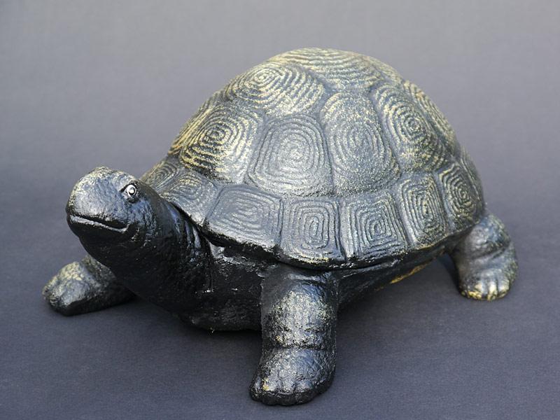 Authentische Figur einer Schildkröte
