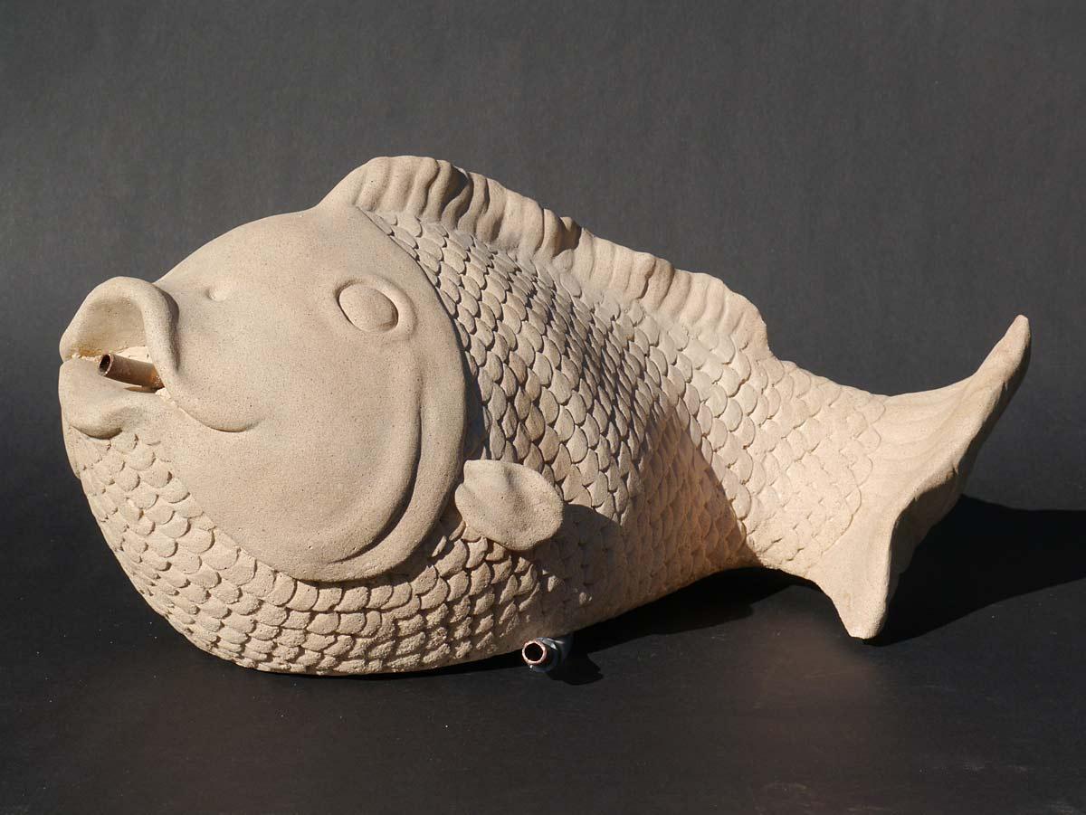 Dekorative Figur die einen Fisch darstellt