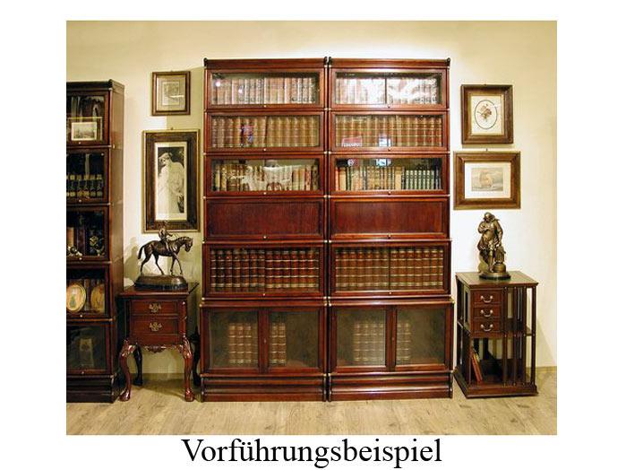 Das Bücherregal funktioniert nach dem schraubenlosen Baukastenprinzip