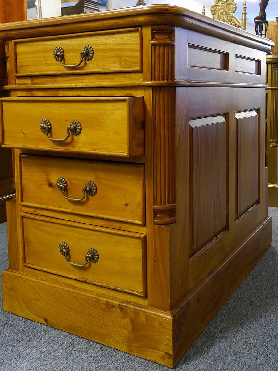 schreibtisch partnerdesk b rom bel aus massivholz im kirschbaumfarbton 3314 schreibm bel. Black Bedroom Furniture Sets. Home Design Ideas