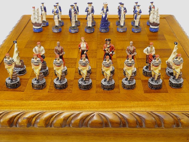 Schachspieler in gelb-rot