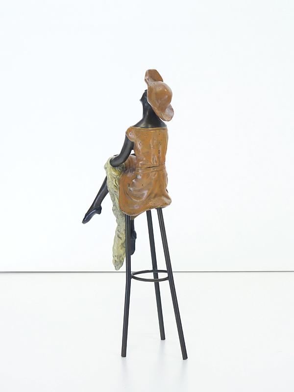 Bronze Figur Rückseite
