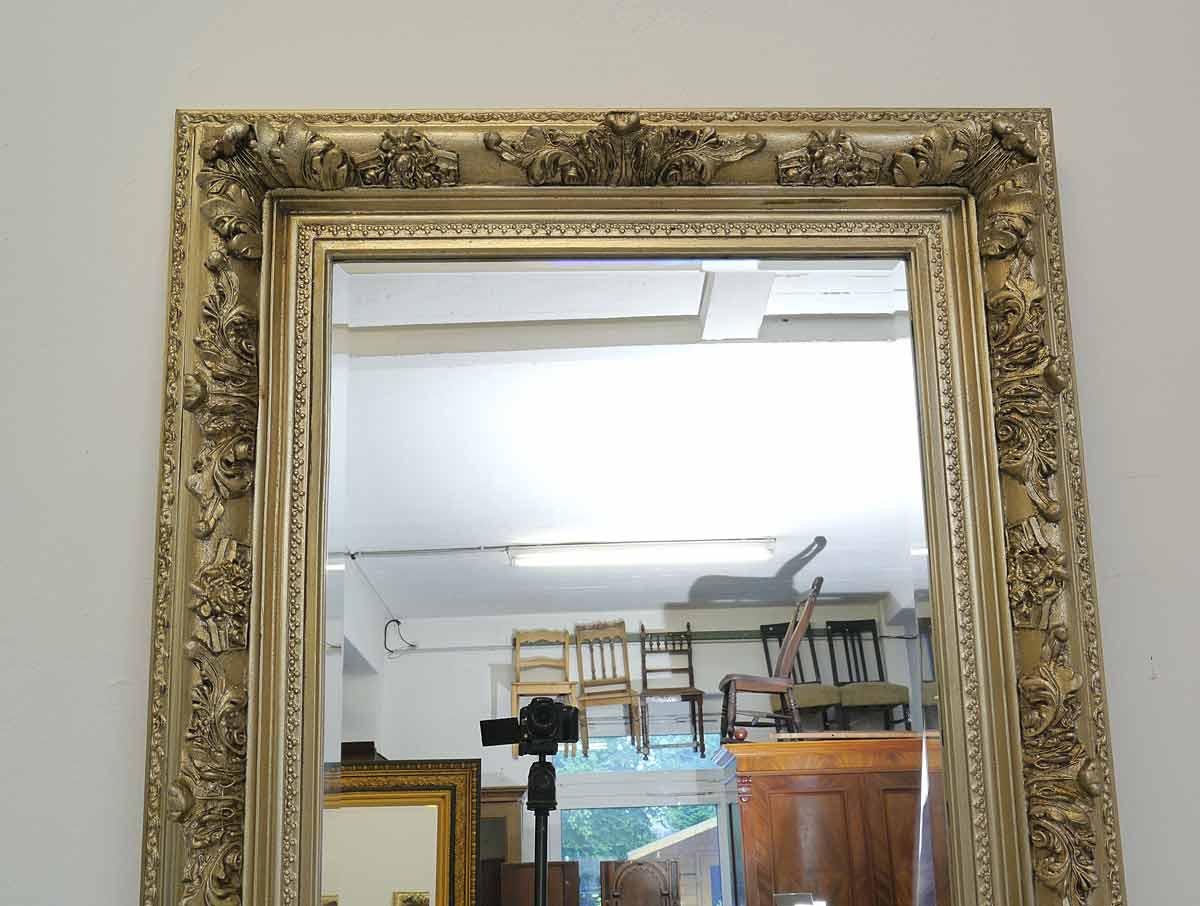 Spiegel mit Facettenschliff
