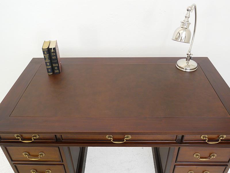Schreibtischplatte mit Lederauflage