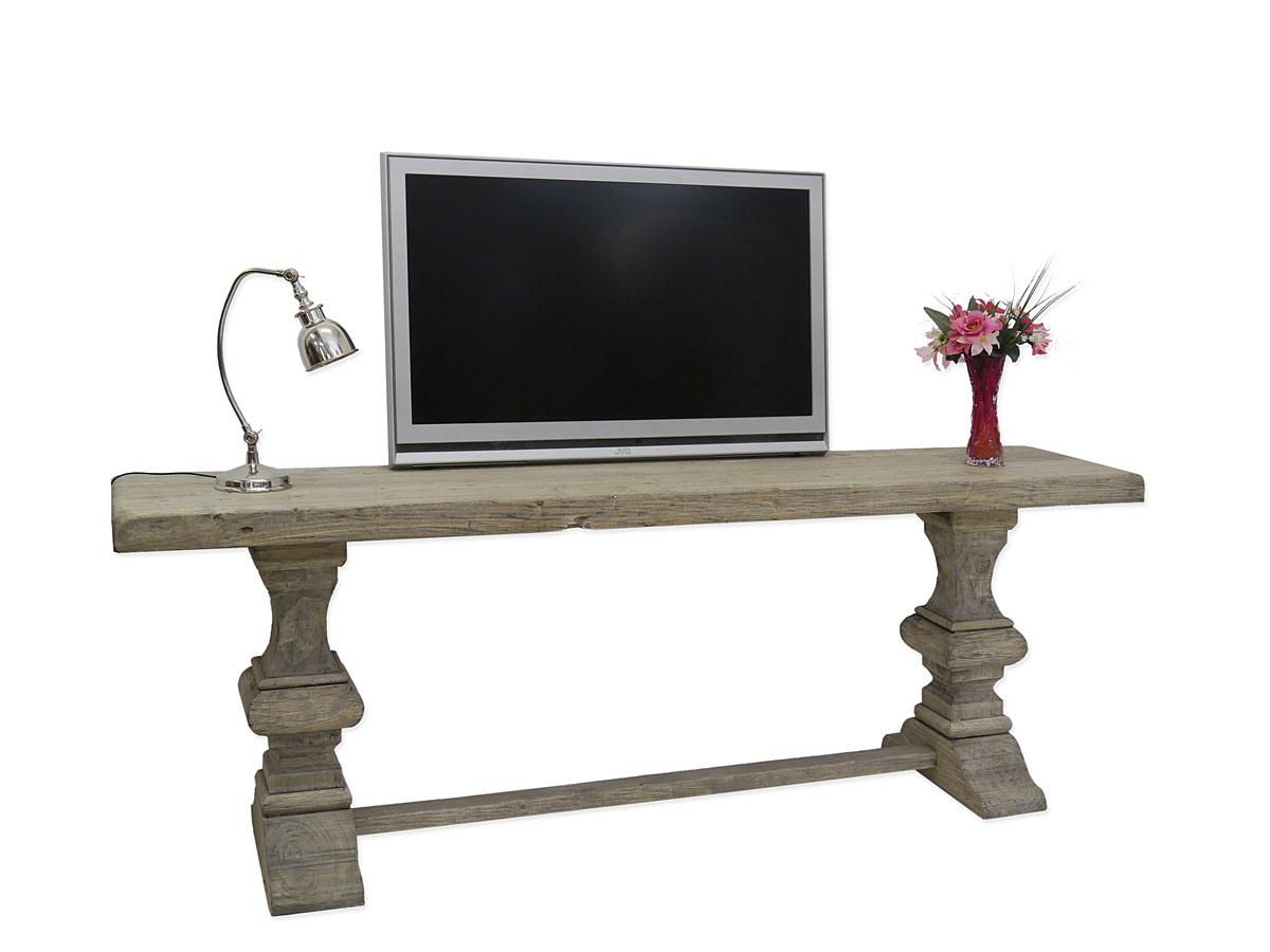 Wandtisch aus Pappelholz für einen riesigen Plasmafernseher