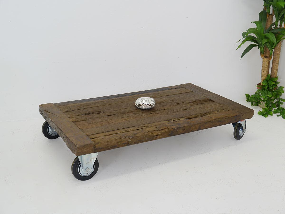 Couchtisch tisch wohnzimmertisch modern massivholz auf for Couchtisch rollen design