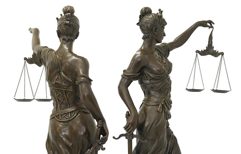 Bronze Statue Oberkörper Detailansicht
