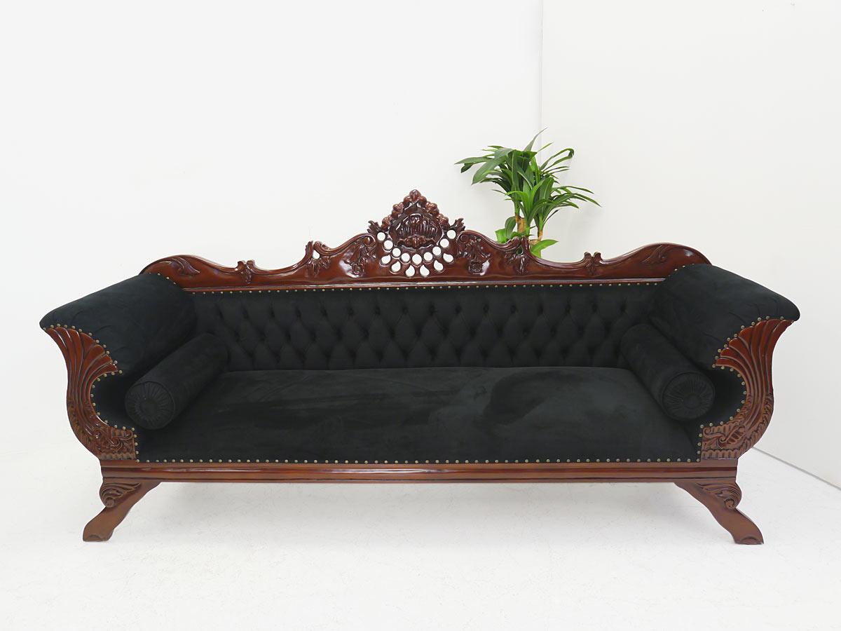Sofa aus Massivholz mit schwarzem Stoff