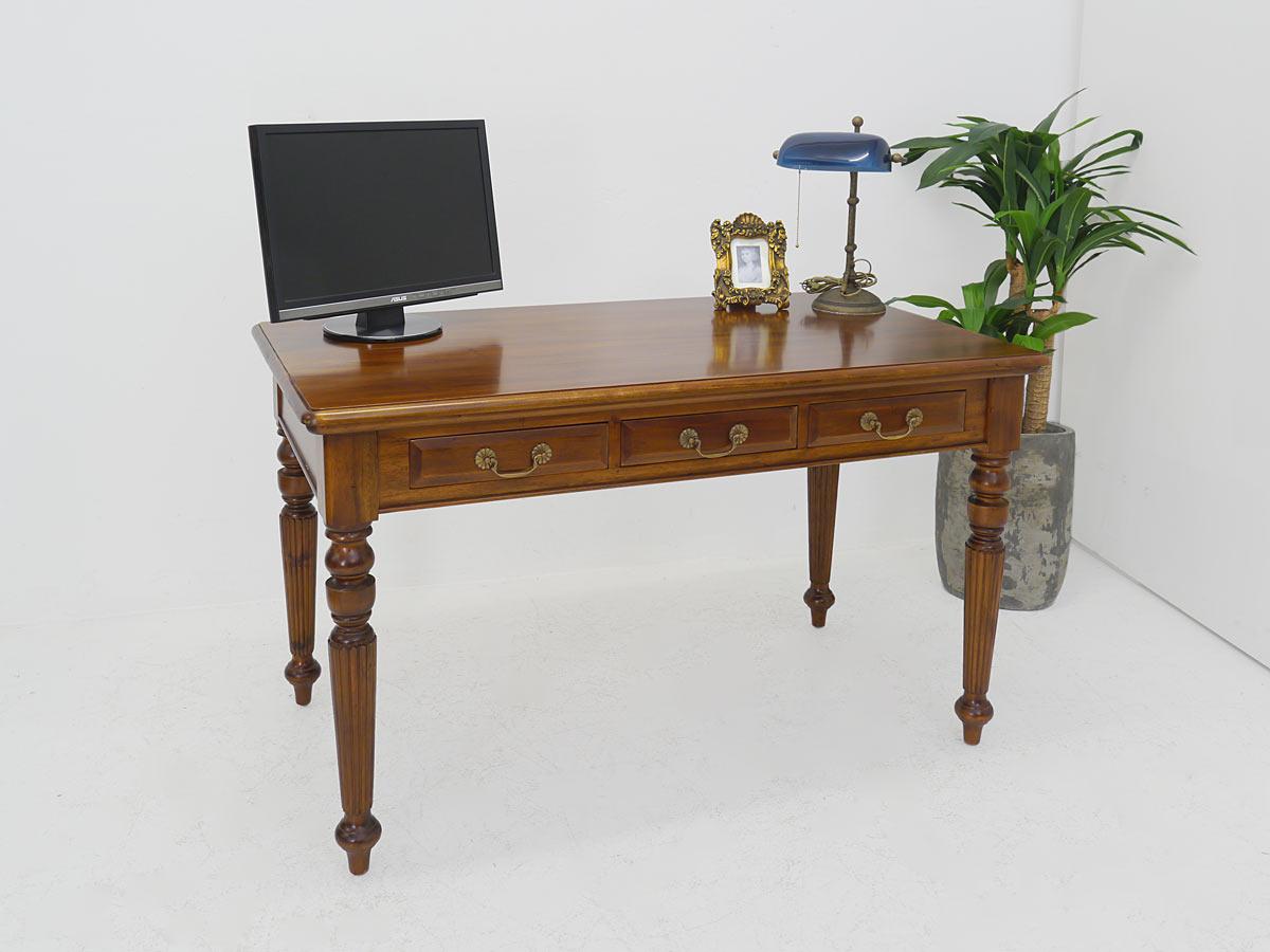 Schreibtisch im antiken Stil Massivholz