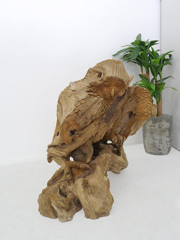 Holzstatue