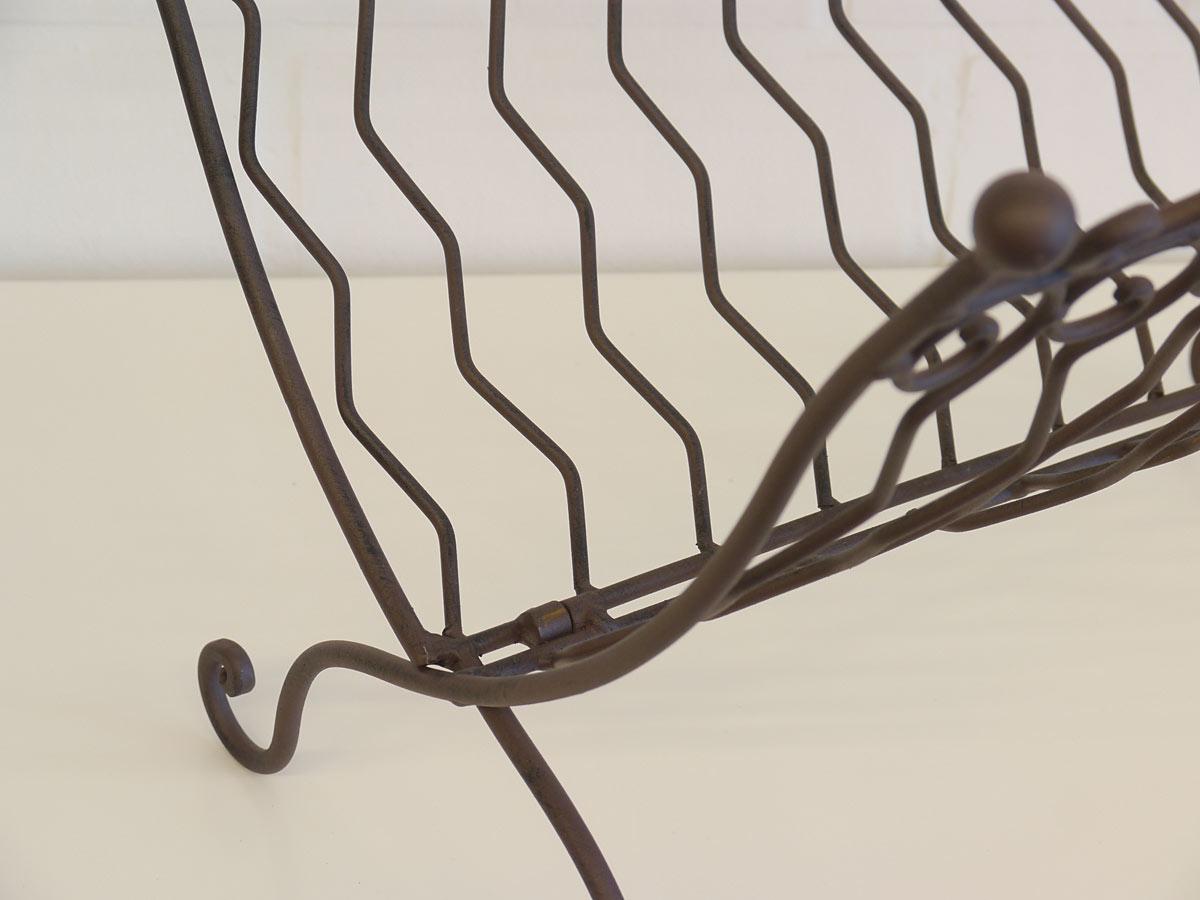 Zeitungshalter aus Eisen klappbar