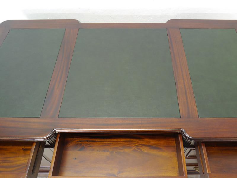 Schreibtischauflage mit Lederauflagen