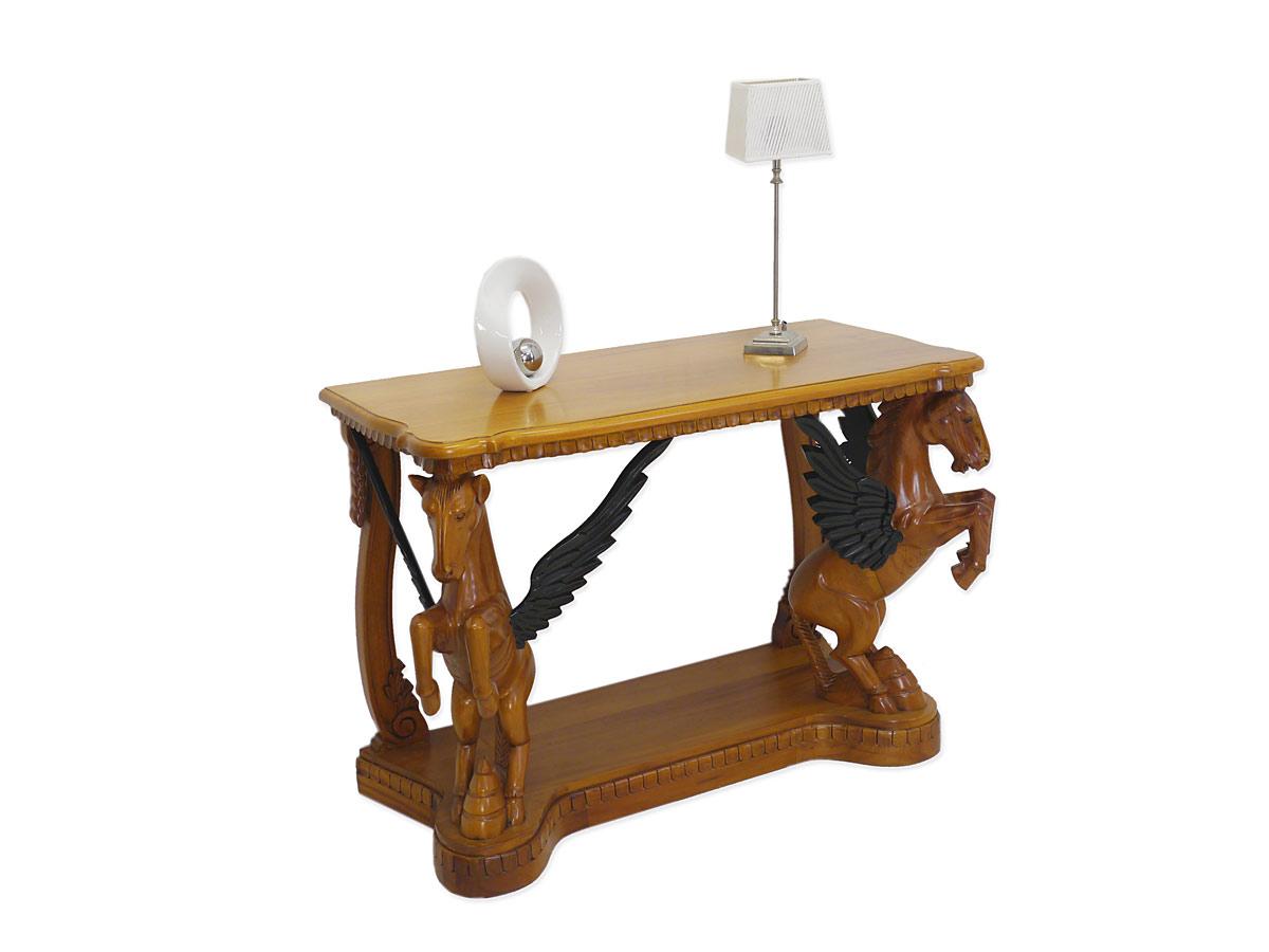 Wandtisch im englischen Stil