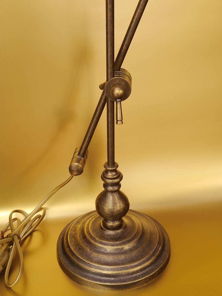 Tischlampe aus Messing brüniert