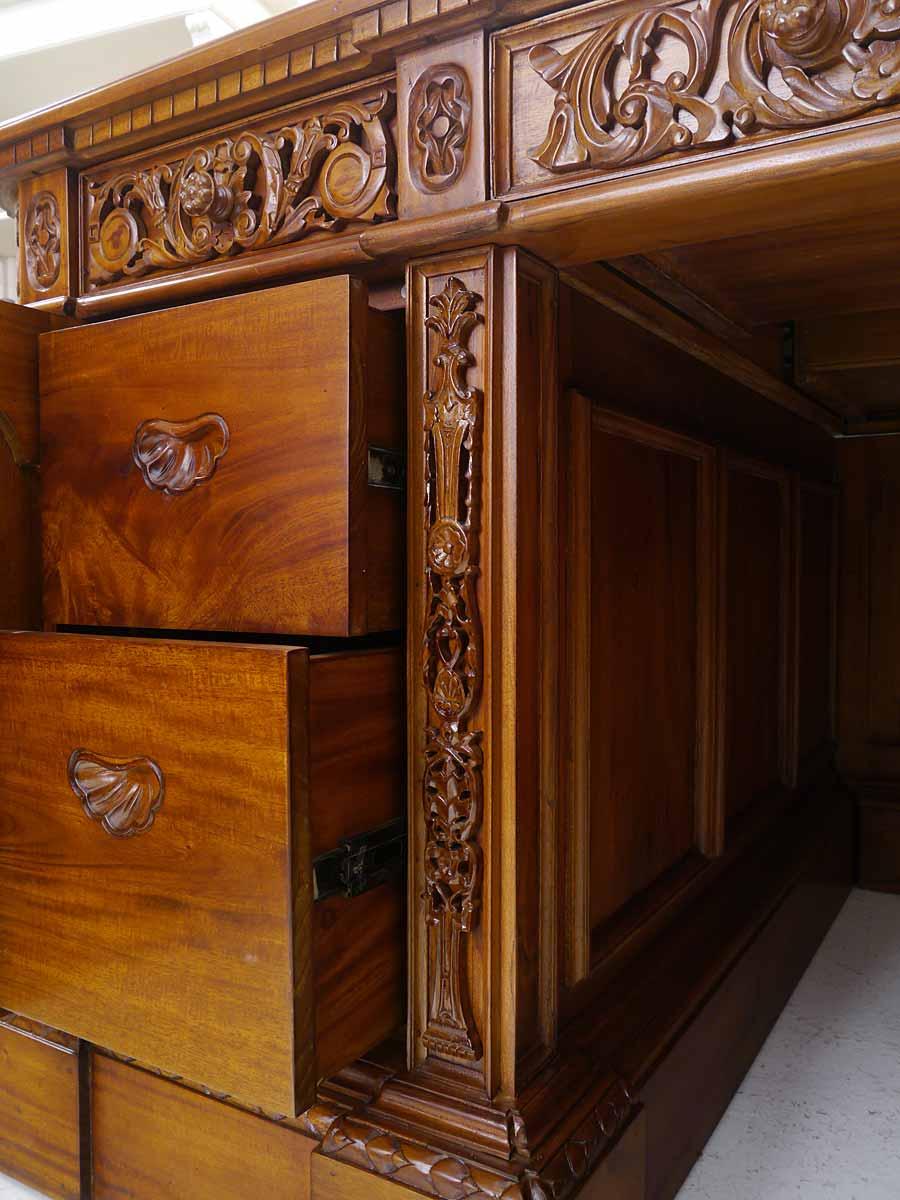 Detailansicht von den inneren Schubladen
