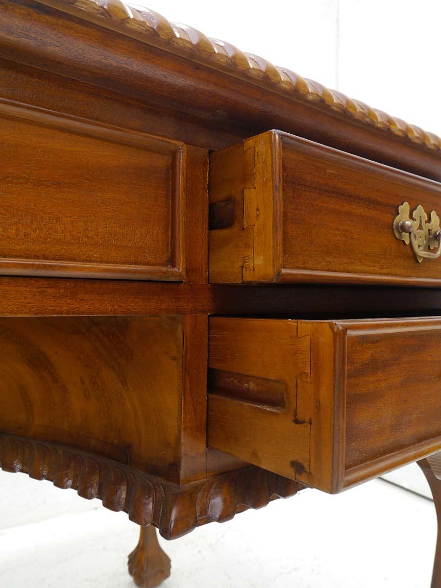 schreibtisch b rom bel schreibm bel antiken stil rotbraune lederauflage 5256 schreibtische. Black Bedroom Furniture Sets. Home Design Ideas