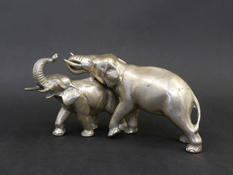 2 Elefanten versilbert