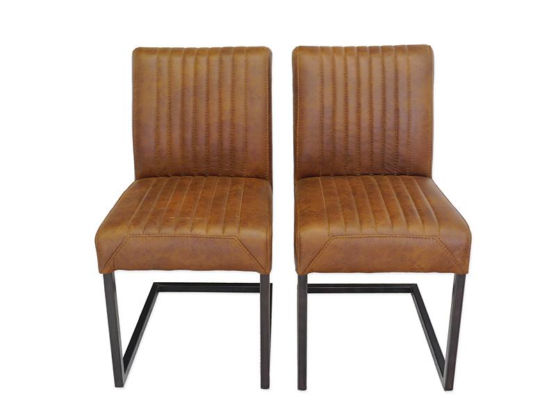 2 Lehnstühle im Industrie-Style