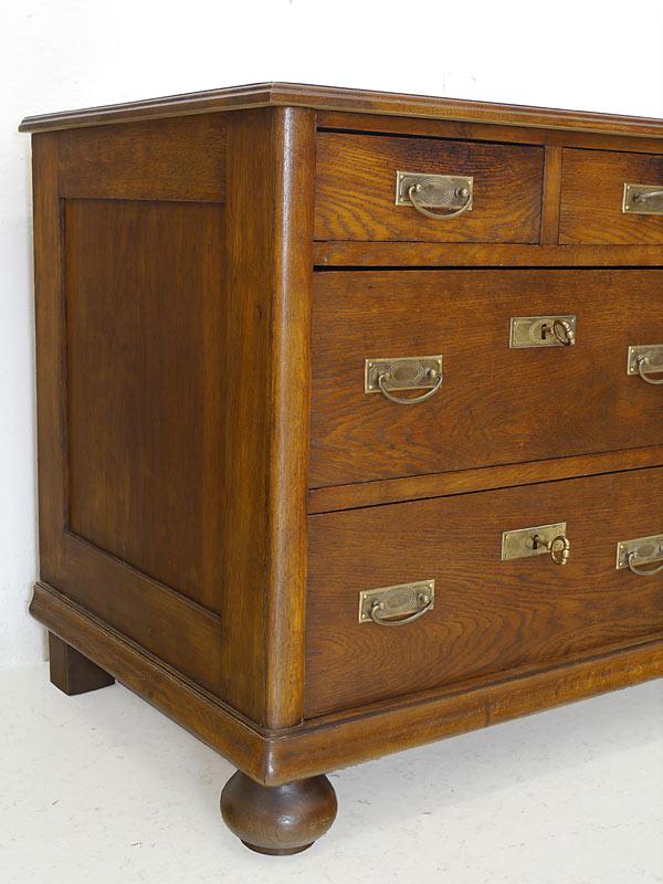 spiegelkommode kommode mit spiegel aus eiche um 1930 6273. Black Bedroom Furniture Sets. Home Design Ideas