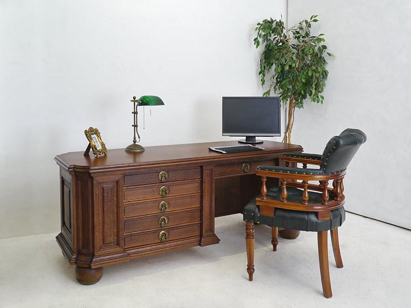 Büromöbel Beispiel