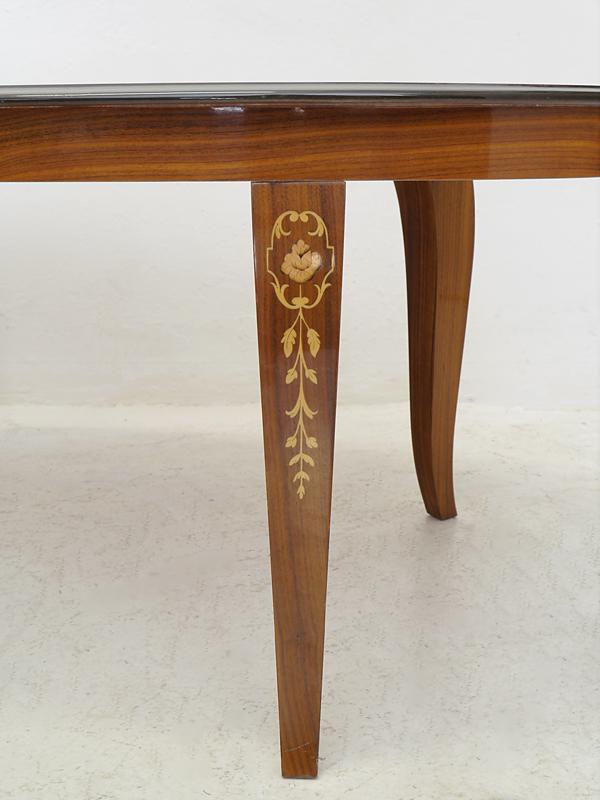 Tischbeine Detailansicht