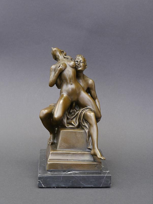 Bronze Figur eines Pärchens beim Liebesakt
