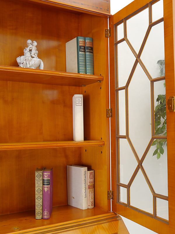 Sprossenverglaste Tür
