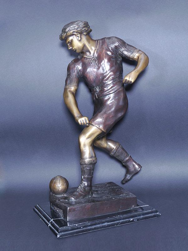 Fussballspieler aus Bronze