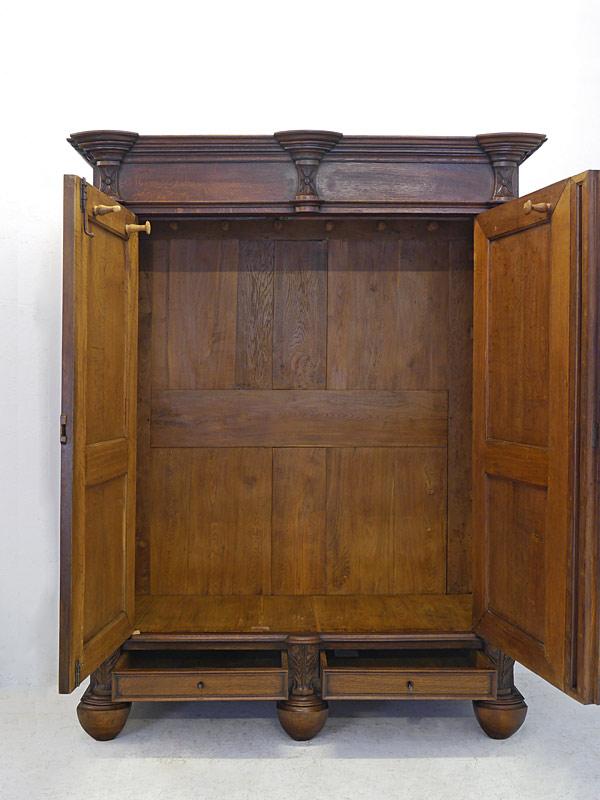 schrank dielenschrank kleiderschrank garderobenschrank antik um 1820 eiche 6651 schr nke. Black Bedroom Furniture Sets. Home Design Ideas