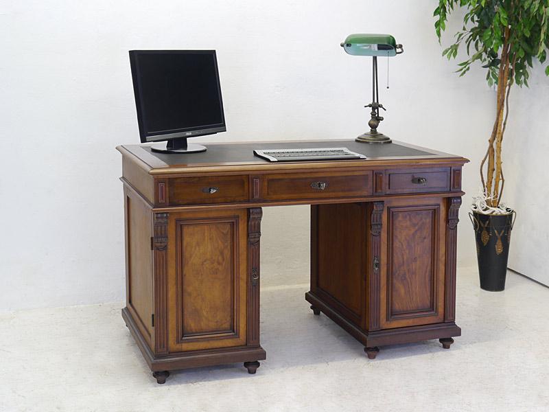 Antiker Schreibtisch aus der Gründerzeit