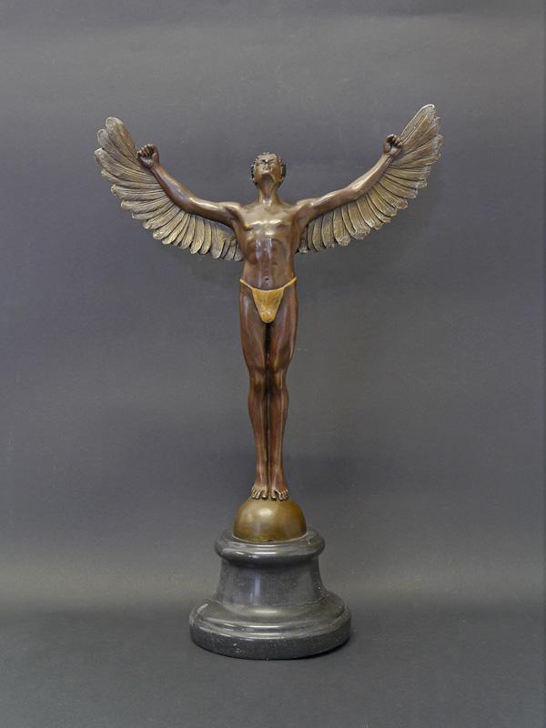 Ikarus in Bronze