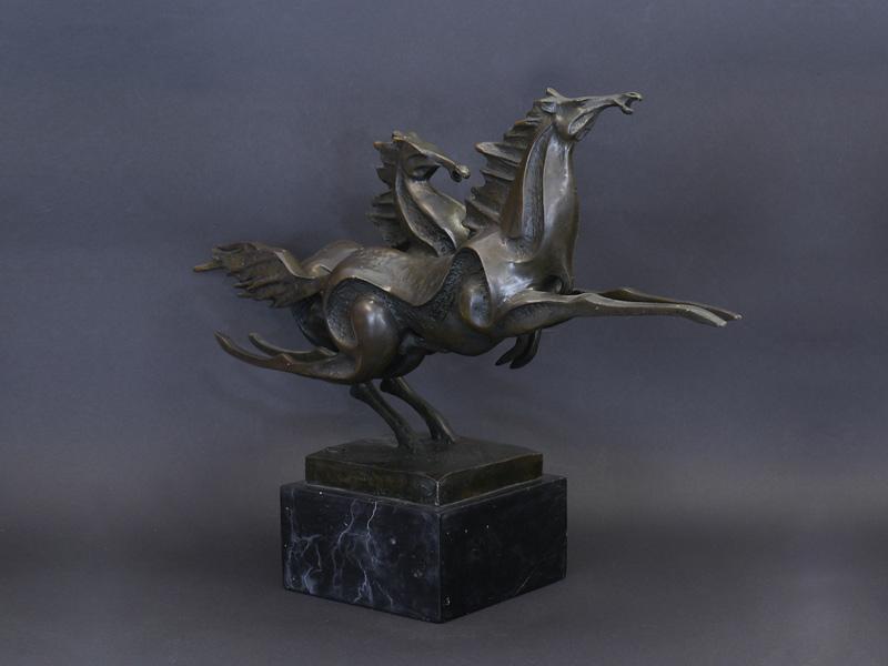 2 Pferdefiguren aus Bronze