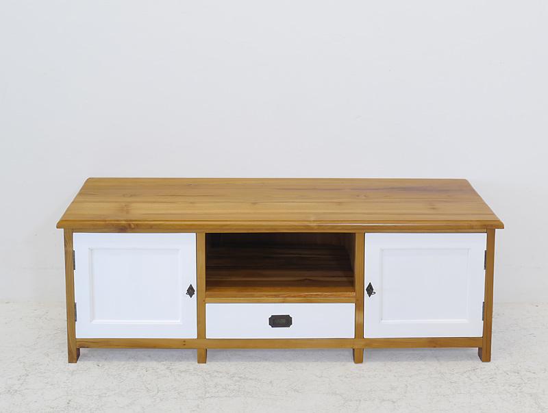 Das TV-Board ist mit zwei Türen und einer Schublade ausgestattet