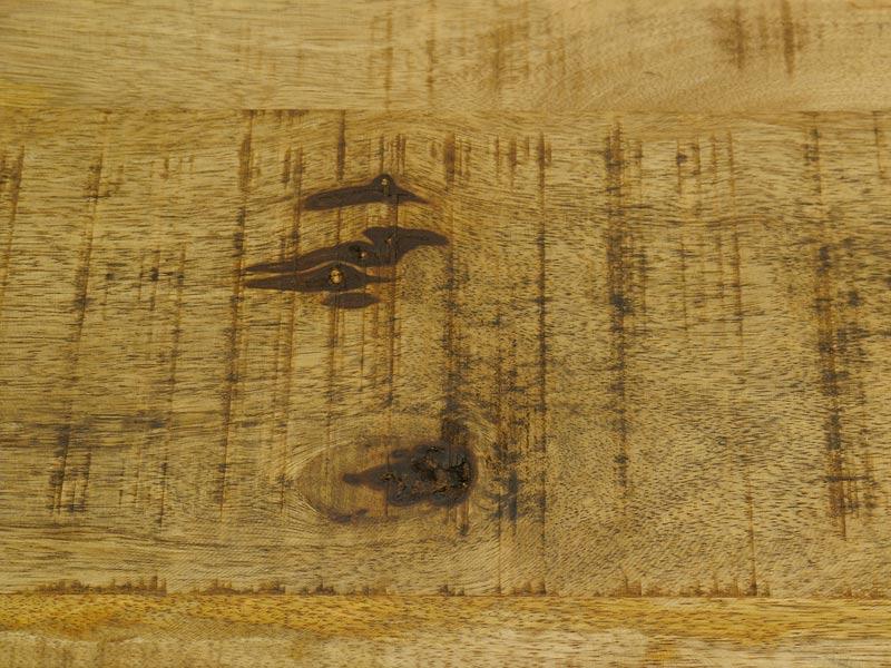 Detailansicht von der Tischplatte