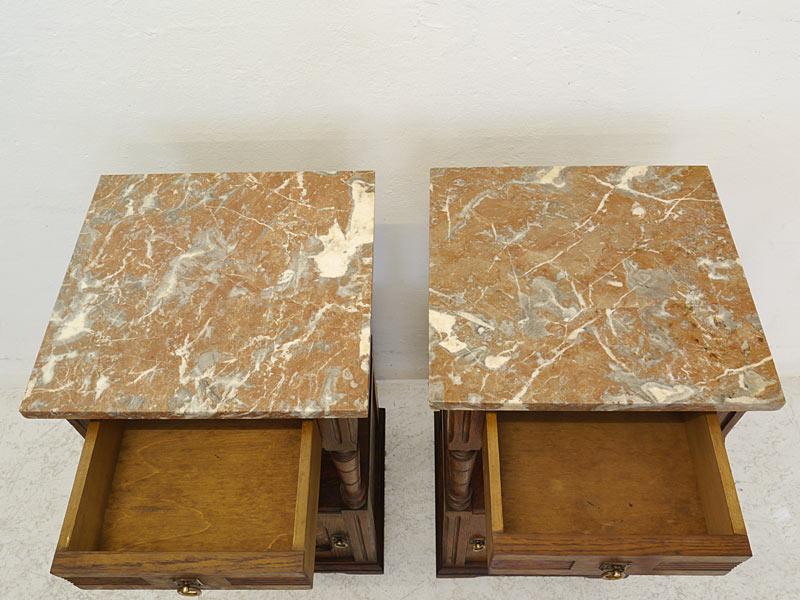 Draufsicht auf die Marmorplatten